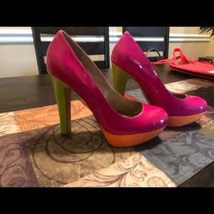 Guess color block heels